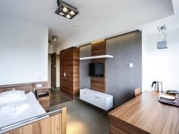 """SZPITAL UZDROWISKOWY """"R�WNICA"""" - Apartament 8 pi�tro R�wnica - sanatoria.org"""