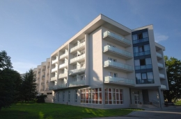 22 Wojskowy Szpital Uzdrowiskowo-Rehabilitacyjny - Budynek główny - sanatoria.org