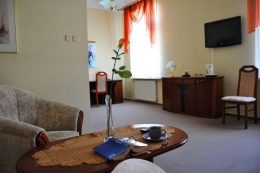 Zak�ad lecznictwa uzdrowiskowego GRYF UZDROWISKO PO�CZYN S.A. - Apartament - sanatoria.org