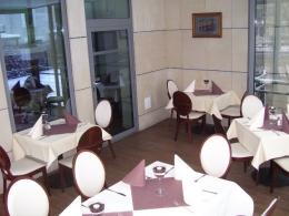 Hotel Kuracyjny*** - Urywek jadalni w Hotelu Kuracyjnyego  - sanatoria.org